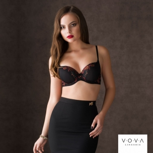 "Krūšturis ""Influence"" spacer push-up bra"