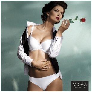 """Victoria"" molded cup bra"